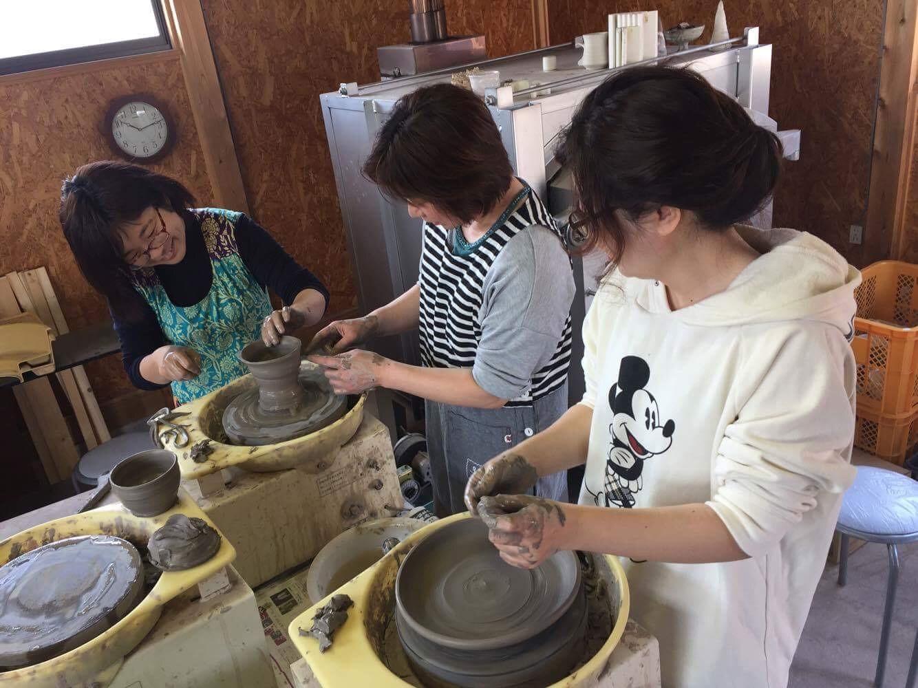 世界にひとつだけの器を作ろう!陶芸教室体験