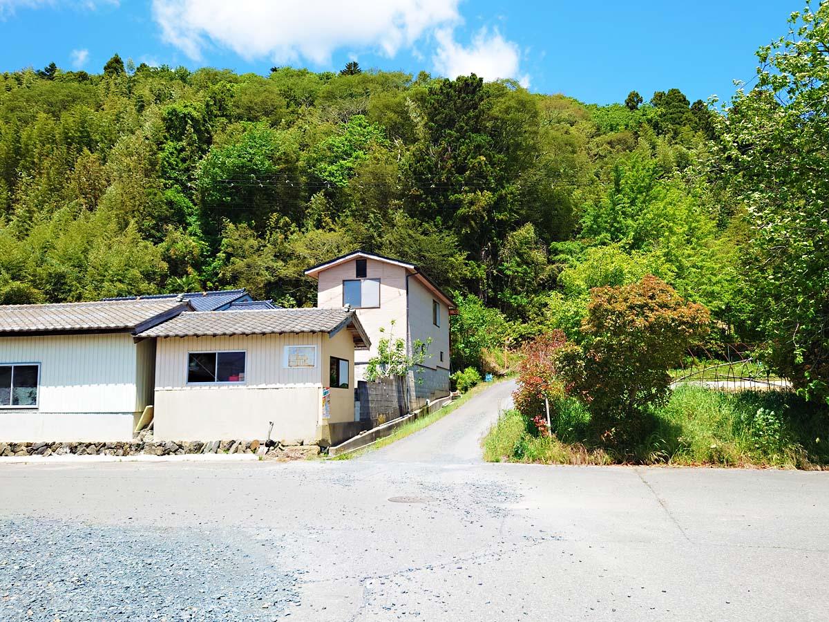 トヤケ森山登り口