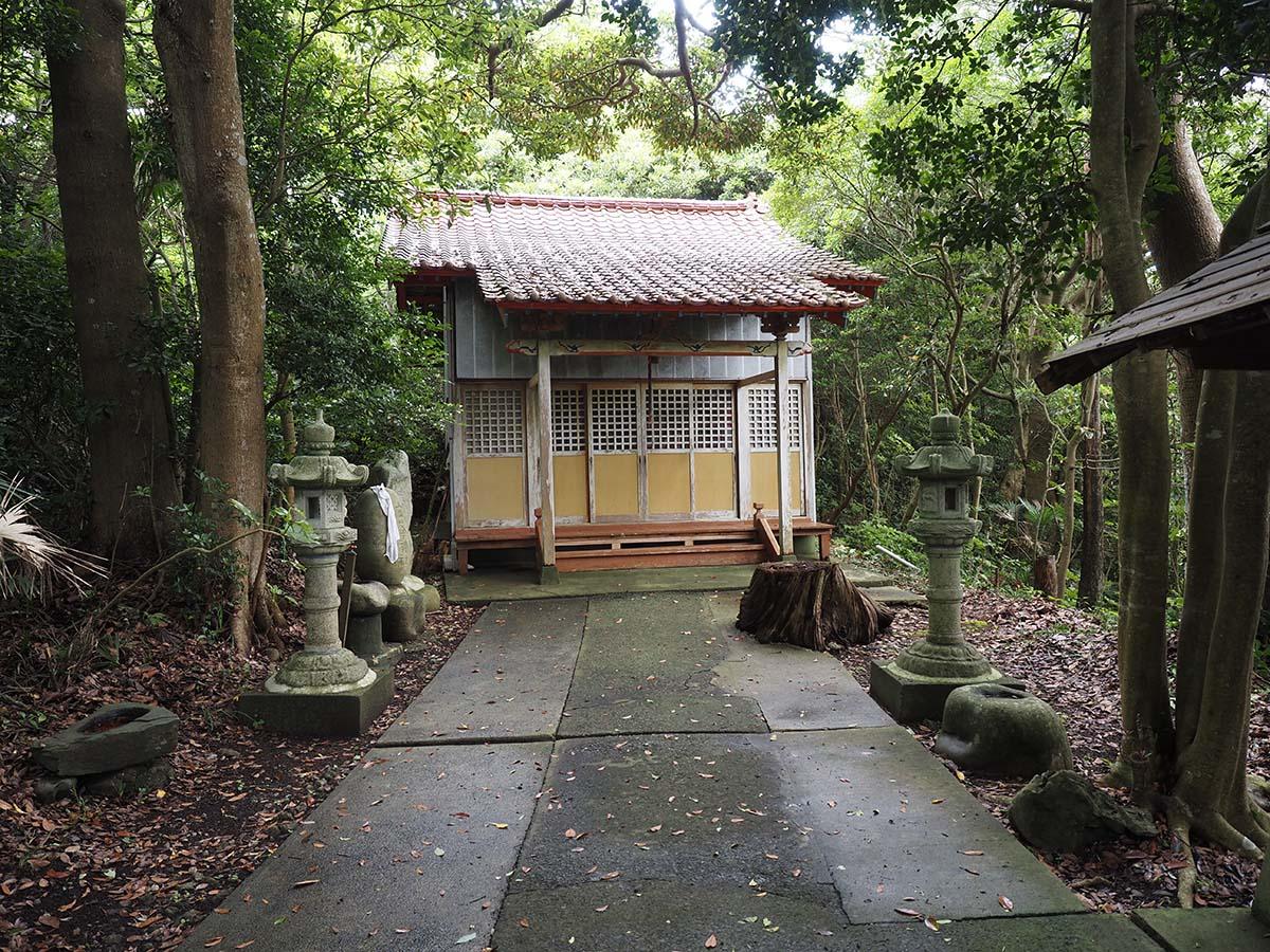 大金神社社殿