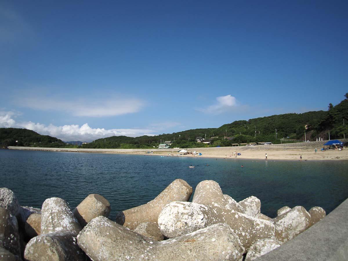 海水浴場全景